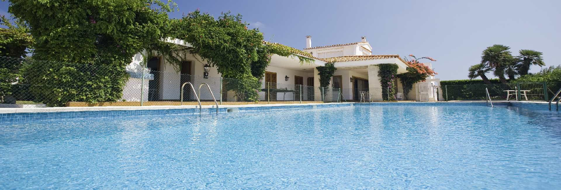 Relax and unwind in S'Algar with your own Villa And Pool